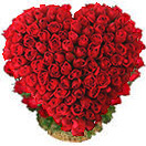 Valentines Day Gift with  Heart Shape Arrangement  of 100 Red Roses to Chennai Delivery
