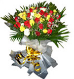 24 Mixed Roses Flowers Bouquet For Chennai Delivery
