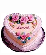 Heart shape Strawberry cake to Chennai Delivery